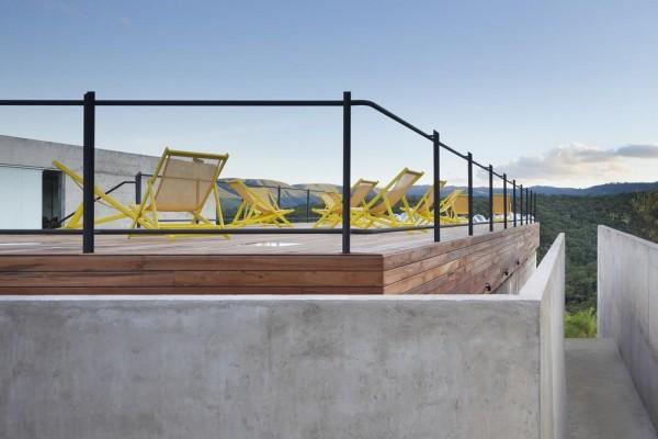 Gallery access ramp, Image Courtesy © Gabriel Castro