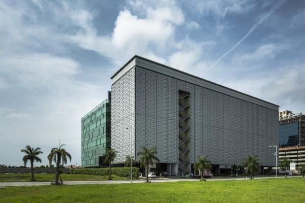 Image Courtesy © Arango Arquitectos