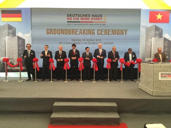 Official ceremony, Image Courtesy © gmp Architekten von Gerkan, Marg und Partner