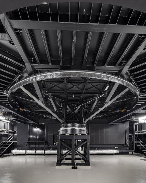 the mechanism of the revolving stage, Image Courtesy © Tuomas Uusheimo