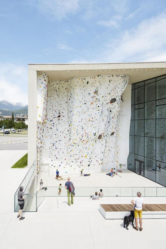 Outdoor climbing area, Image Courtesy © Rene Riller