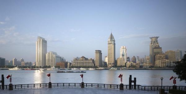 View of the historic Bund area from Pudong, Image Courtesy © gmp Architekten von Gerkan, Marg und Partner