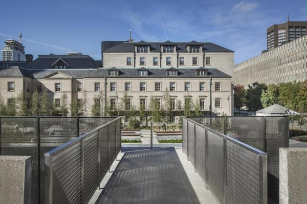 Looking across the bridge to the Law Society, Image Courtesy © Steven Evans / © PLANT Architect Inc.