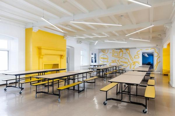 Yellow cafeteria, Image Courtesy © Maxime Brouillet