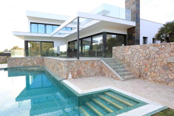 Image Courtesy © Andreas Hummel Architekt Mallorca
