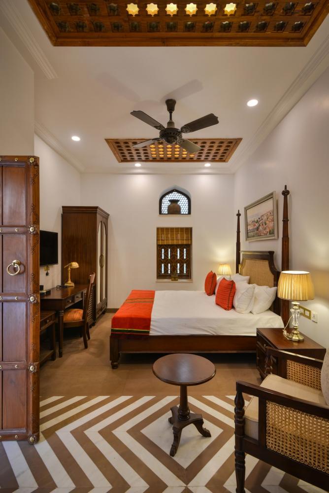 Wooden Showcase Designs For Living Room Lakdi Ka Showcase: Dharampura Haveli In Old Delhi, India By Spaces Architecs@ka