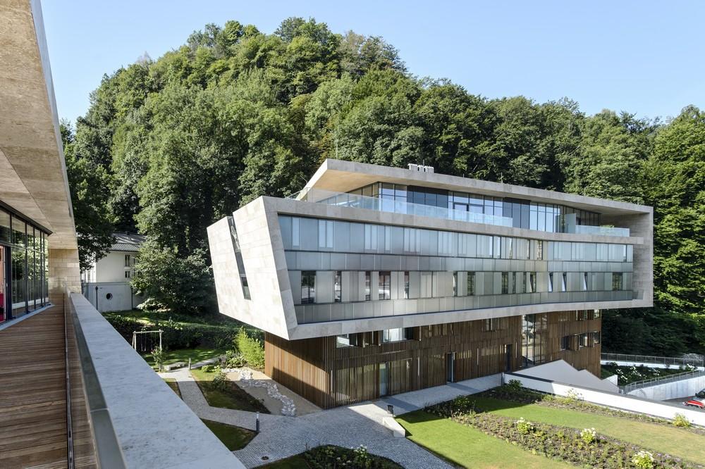 Image Courtesy  Hariri & Hariri Architecture