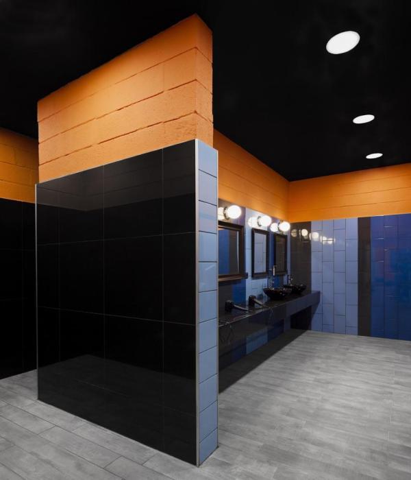 Men dressing room, Image Courtesy © Invisible Gentleman