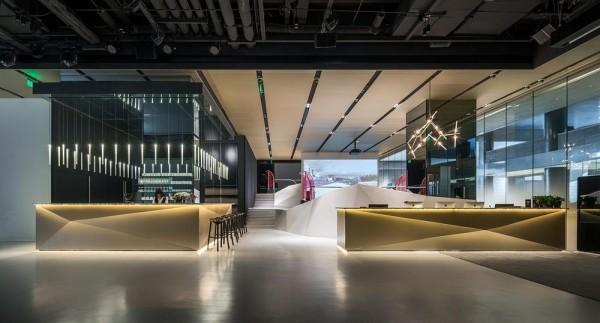 Bar and reception desk, Image Courtesy © Wu Qingshan