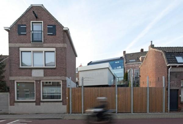Image Courtesy © John van Groenedaal