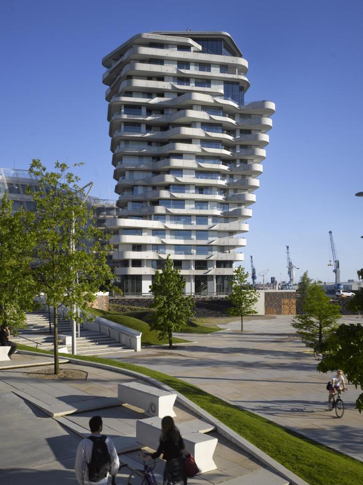 marco polo tower in hamburg germany by behnisch architekten