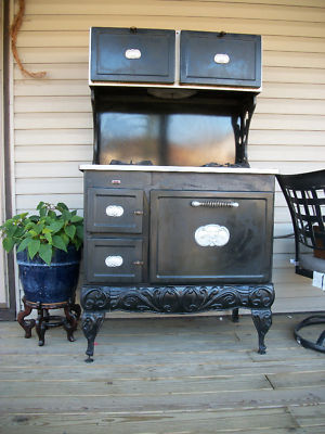 Antique Kenmore Country Kitchen Natural Gas Stove