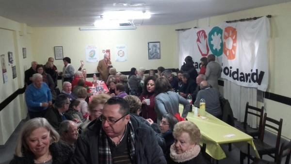 El salón abarrotado del Perpetuo Socorro de Mérida durante las Migas Solidarias 2016. Foto: Alberto Paredes.