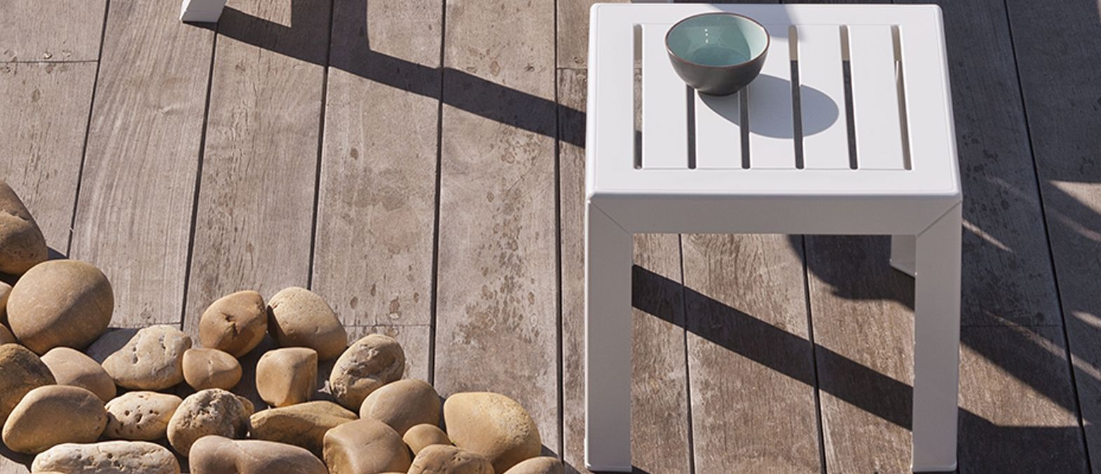 miami garden coffee table grosfillex