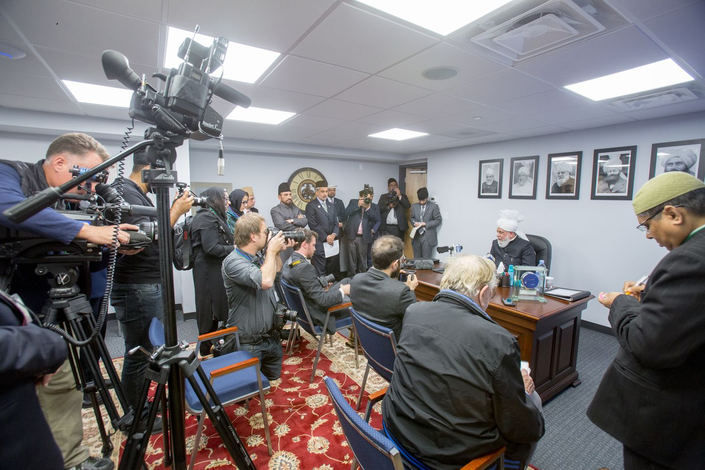 Mirza Masroor Ahmad, world spiritual leader of the Ahmadiyya Muslim Community, meets the Philly media.