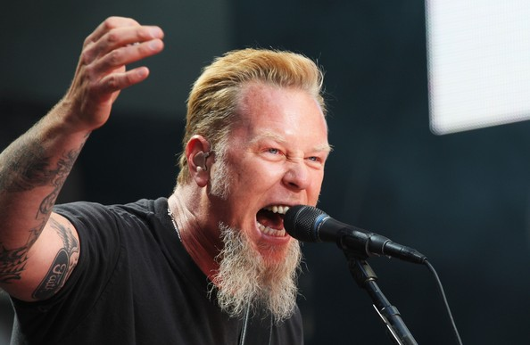 James Hetfield To Narrate Bear Hunting Show