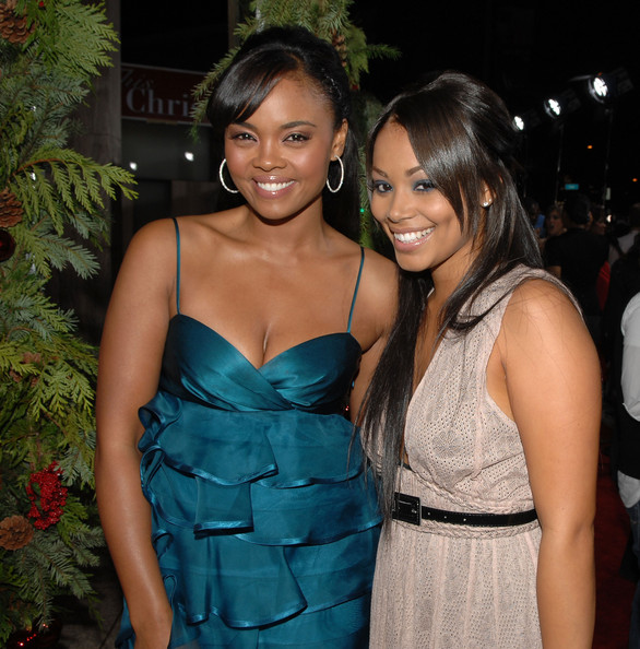 Sharon Leal Actors Sharon Leal (L) and Lauren London attend the premiere of Screen Gems 'This Christmas' at the Cinerama Dome on November 12, 2007 in Hollywood, California.