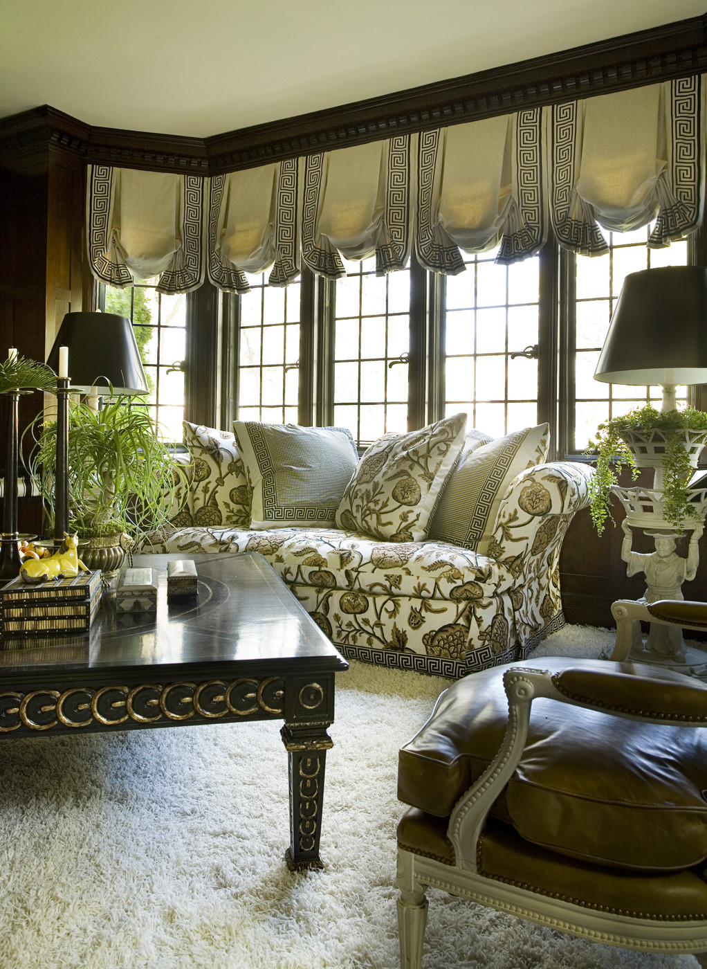 Living Room Decor With Black Couches