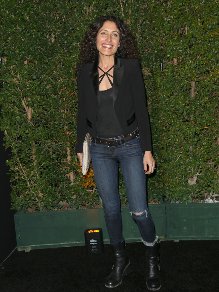 Lisa Edelstein Ripped Jeans  Lisa Edelstein Looks