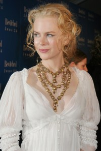 Nicole Kidman Layered Gold Necklace - Nicole Kidman ...