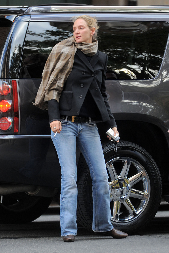 More Pics Of Uma Thurman Bootcut Jeans 3 Of 5 Bootcut