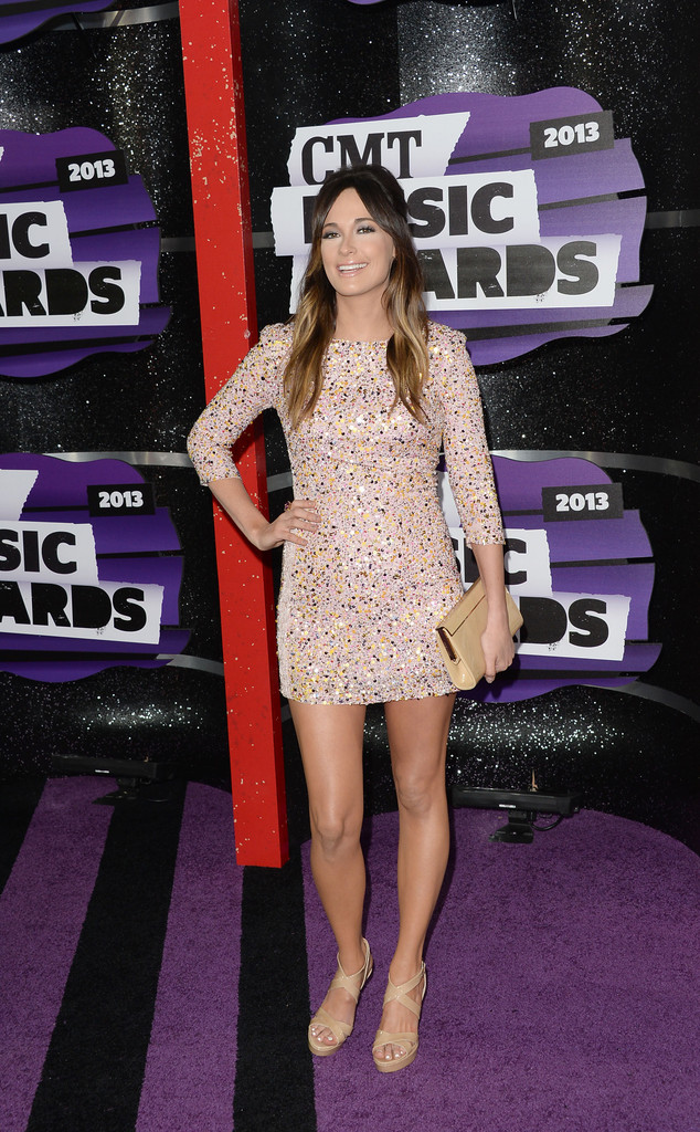 More Pics of Kacey Musgraves Nude Lipstick 1 of 8  Kacey Musgraves Lookbook  StyleBistro