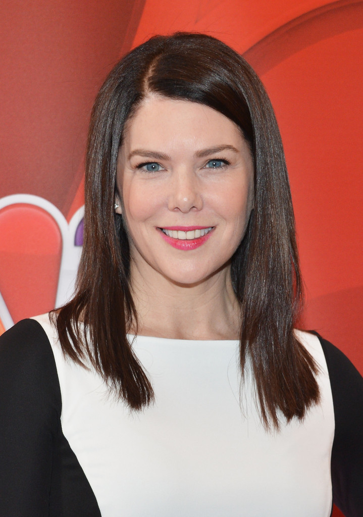 Lauren Graham Long Straight Cut Lauren Graham Looks