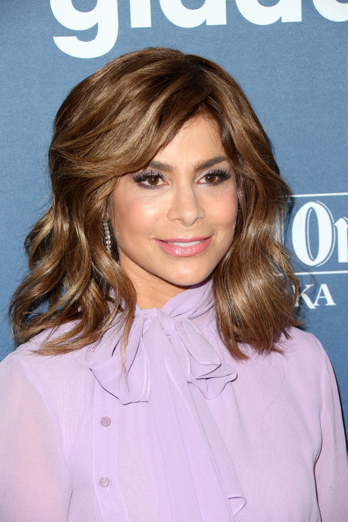 Paula Abdul Medium Wavy Cut With Bangs Paula Abdul Looks