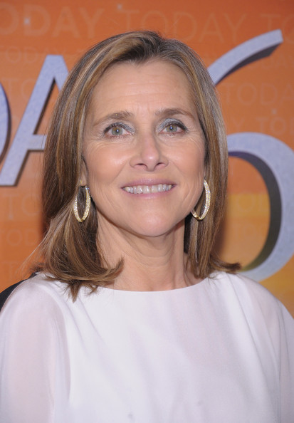 Meredith Vieira's Hairstyle Haute Hairstyles For Women Over 50