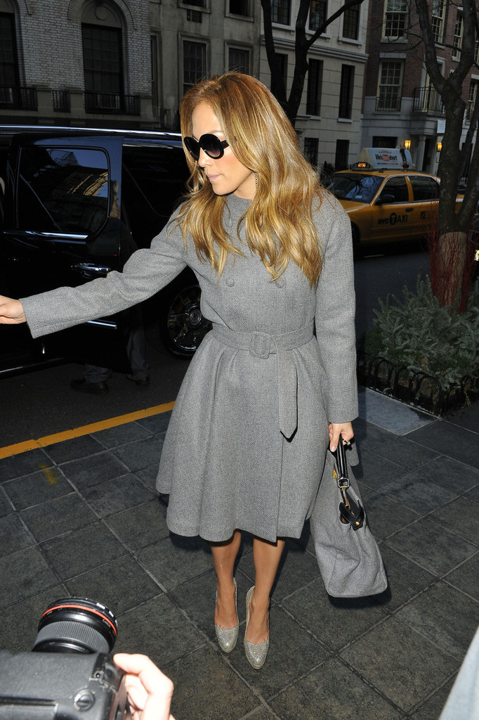 Jennifer Lopez Wool Coat  Jennifer Lopez Clothes Looks