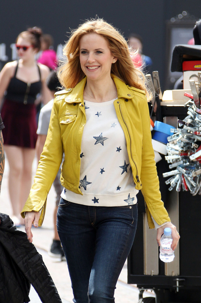 Kelly Preston Leather Jacket  Kelly Preston Looks
