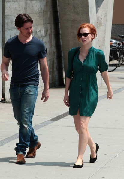 Jessica Chastain BYLINE: EROTEME.CO.UK.Jessica Chastain and James McAvoy in movie set The Disappearance of Eleanor Rigby, East Village NY.