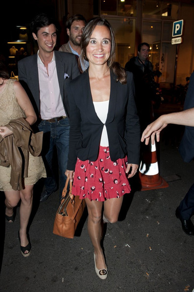 Pippa Middleton - Pippa Middleton Out in Paris