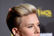 Actress Scarlett Johansson  arrives at the 2015 G'Day USA Gala Featuring The AACTA International Awards Presented By QANTAS at the Hollywood Palladium on January 31, 2015 in Los Angeles, California.