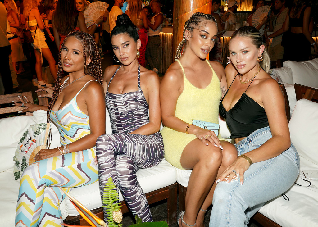 And while it is all that—especially in the trendy south beach area—travel to miami beach c. Jasmine Sanders Nicole Williams English Yris Palmer Kristen Louelle Gaffney Yris Palmer Photos Zimbio