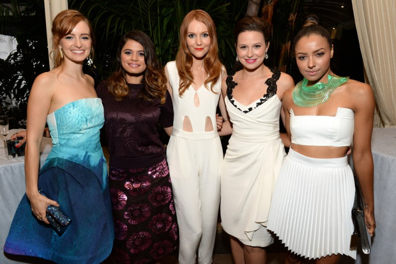 https://i0.wp.com/www2.pictures.zimbio.com/gi/Kat+Graham+Cocktail+Hour+ELLE+Women+Hollywood+JmfGfpTLwUvx.jpg?resize=800%2C533