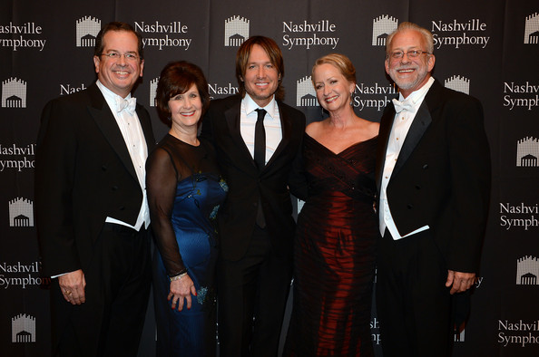Keith Urban - Keith Urban Accepts Nashville Symphony Harmony Award