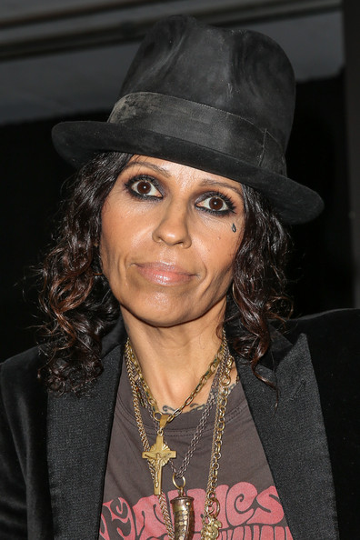 Linda Perry Pictures MercedesBenz Arrivals At The Art