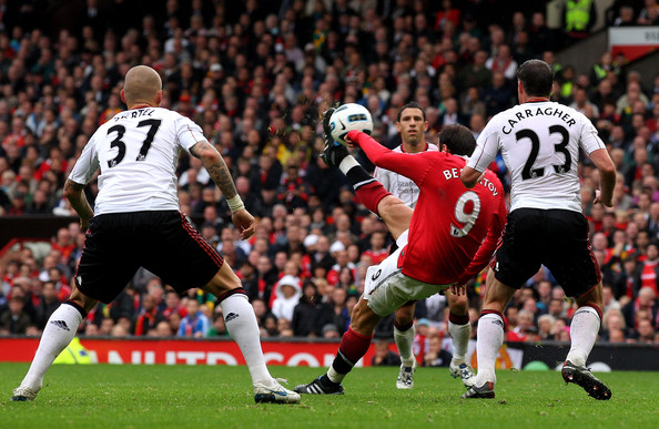 https://i0.wp.com/www2.pictures.zimbio.com/gi/Manchester+United+v+Liverpool+Premier+League+ydtYYc9P_8fl.jpg?w=640