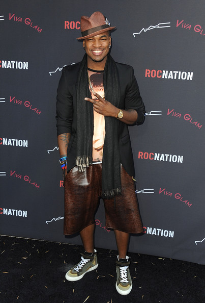 Ne-Yo Recording artist Ne-Yo arrives at the Roc Nation Pre-Grammy brunch presented by MAC Viva Glam at a private residency on January 25, 2014 in Los Angeles, California.