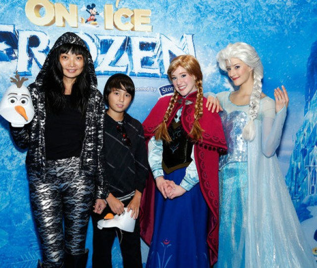 Stars At Disney On Ice Presents Frozen