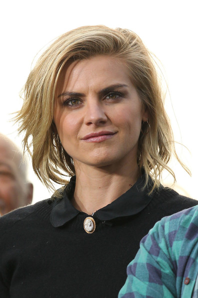 Eliza Coupe as Jane
