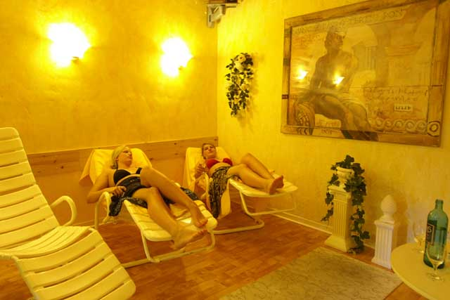 Hotel Hof Krhenberg  Ostseebad Grmitz  Sauna