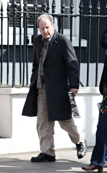 Lucian Freud - Lucian Freud Out & About In London