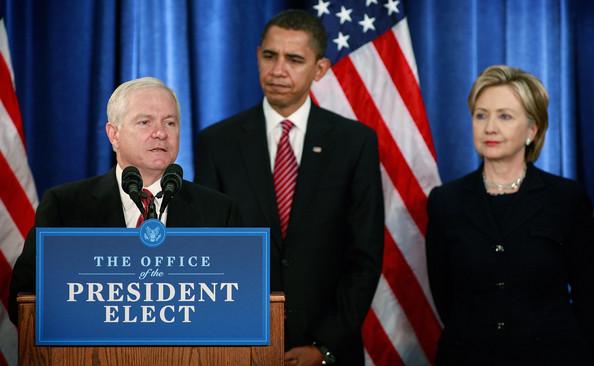 https://i0.wp.com/www3.pictures.gi.zimbio.com/Obama+Announces+Appointments+Clinton+Gates+hekwG7Iy7GFl.jpg