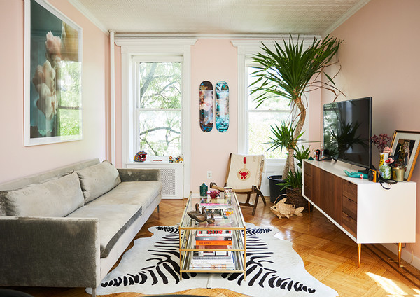 Inside The West Village Apartment Every Dreams