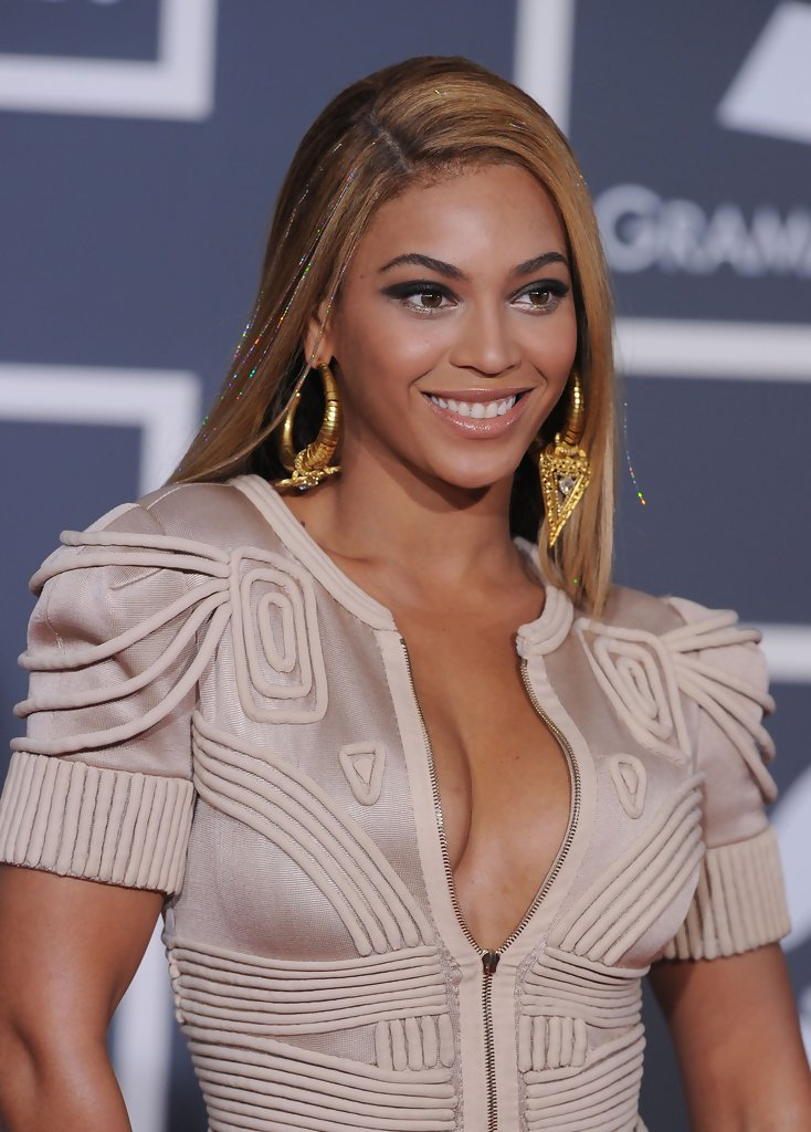 Beyonce Knowles Long Side Part  Beyonce Knowles Looks  StyleBistro
