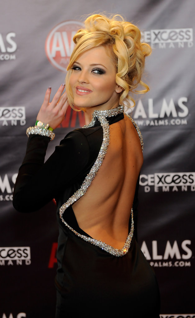 Alexis Texas Best And Worst Dressed At The 2010 AVN