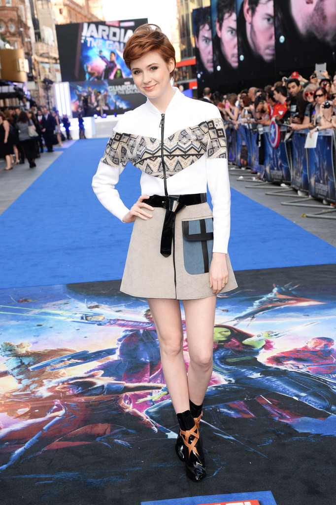 Karen Gillan Mini Skirt  Clothes Lookbook  StyleBistro