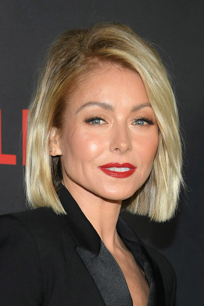 Kelly Ripa Bob Short Hairstyles Lookbook StyleBistro